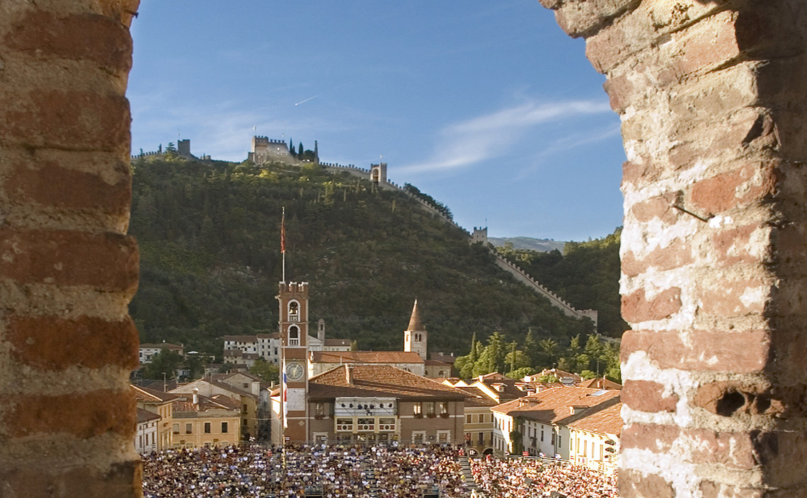 Image of the town of Marostica